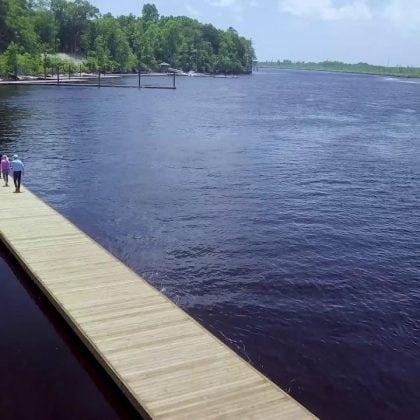 a-stroll-along-river-bluffs-2500-riverwalk_image